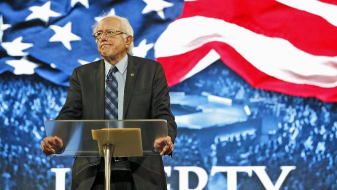 Democratic presidential candidate, Sen. Bernie Sanders, I-Vt. looks over the crowd during a speech at Liberty University in Lynchburg, Va., Monday, Sept. 14, 2015. (AP Photo/Steve Helber)